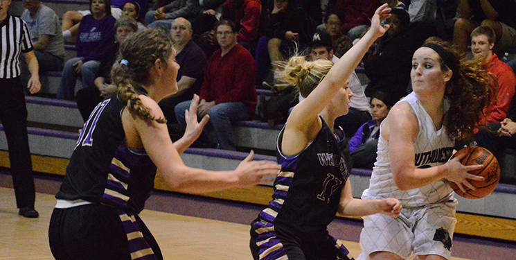 Lady Builders pick up win against Braves