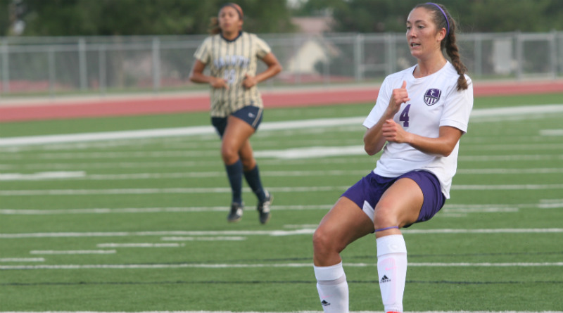 Women's soccer shuts out Eagles