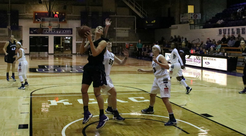 Women's basketball suffers loss to Bluejays