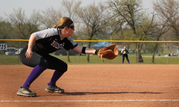 Builder softball sweeps Independence