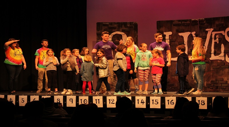 9 Lives troupe does first community performance of school year