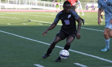 Men's soccer wins second home game