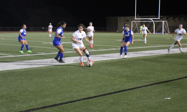 Women's soccer advances to KCAC Tournament