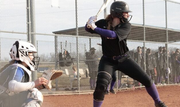 Softball drops doubleheader