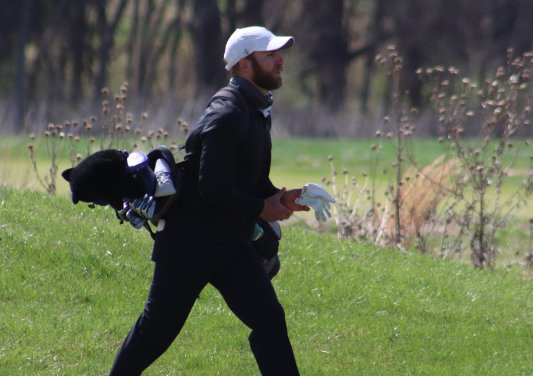 Men and women's golf team competes in SC Spring Classic