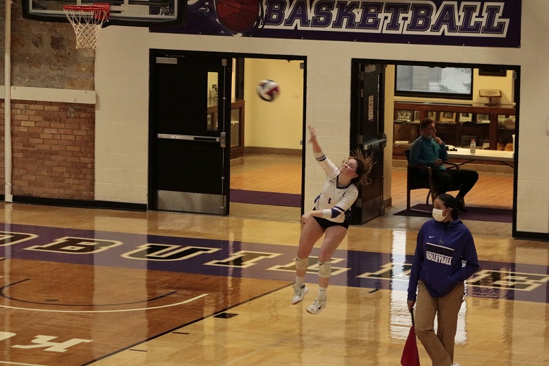 Two losses for Builder volleyball