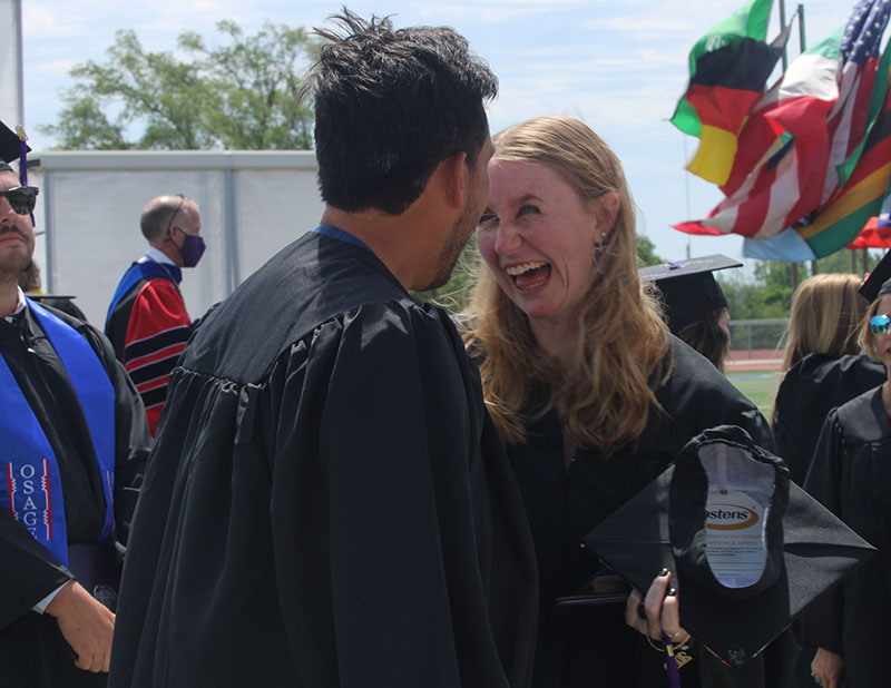 Juan Ramirez, sport management graduate and Brailey McMinn, elementary education graduate is pictured. Southwestern College's class of 2020 commencement was held May 8, 2021. (Staff Photographer/ Daegiona Wilson)