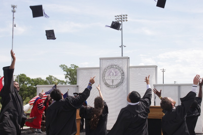 The class of 2020 concluded their ceremony today by throwing their caps in the air. They are officially Southwestern College alumns. (Mallory Graves/Staff photographer)
